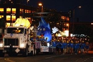 Aquatennial_night parade photo