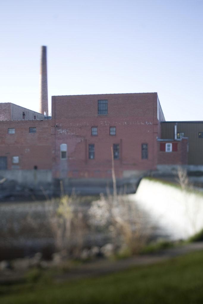 faribault-woolen-mill-warehouse-sale