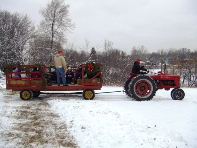 old-fashioned-holiday-at-holz-farm