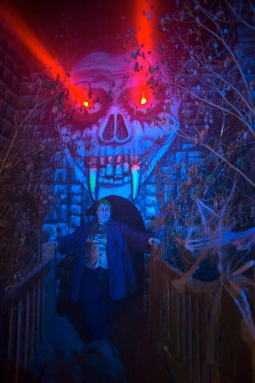 Trail of terror discount tickets save 50 thrifty for 13th floor haunted house discount tickets