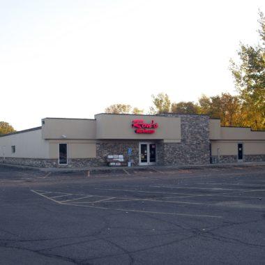 Ron's Warehouse, Alexandria MN