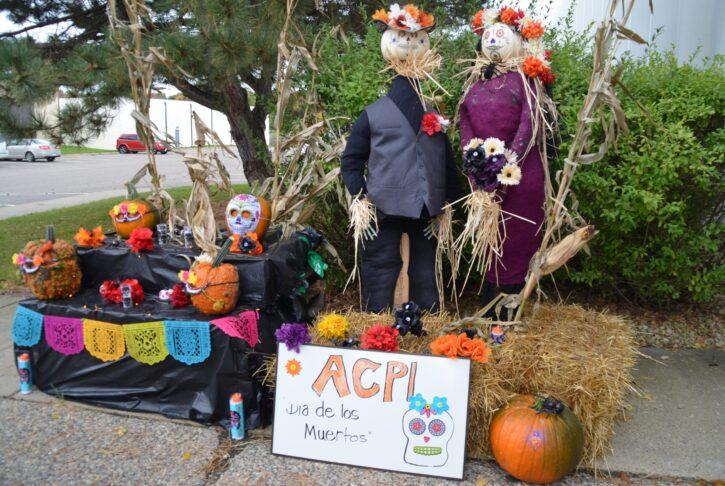 Waconia Scarecrow Tour display