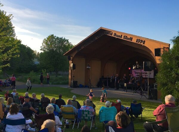 Harmony in the Park music in Lindstrom Minnesota