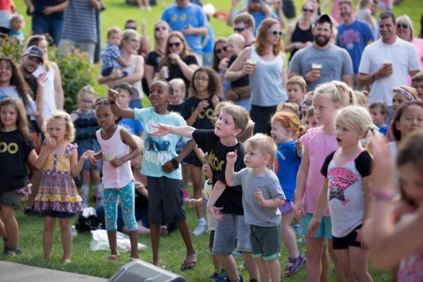 kids dancing at music in the park