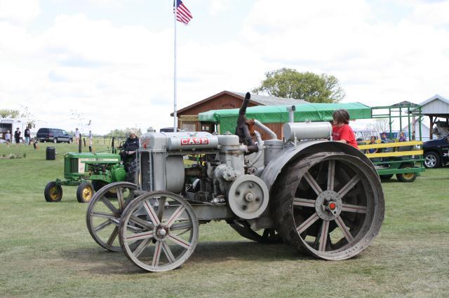 vintage case tractor